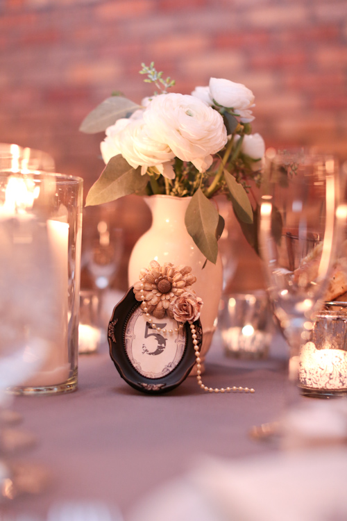 white-winter-centerpieces-wedding
