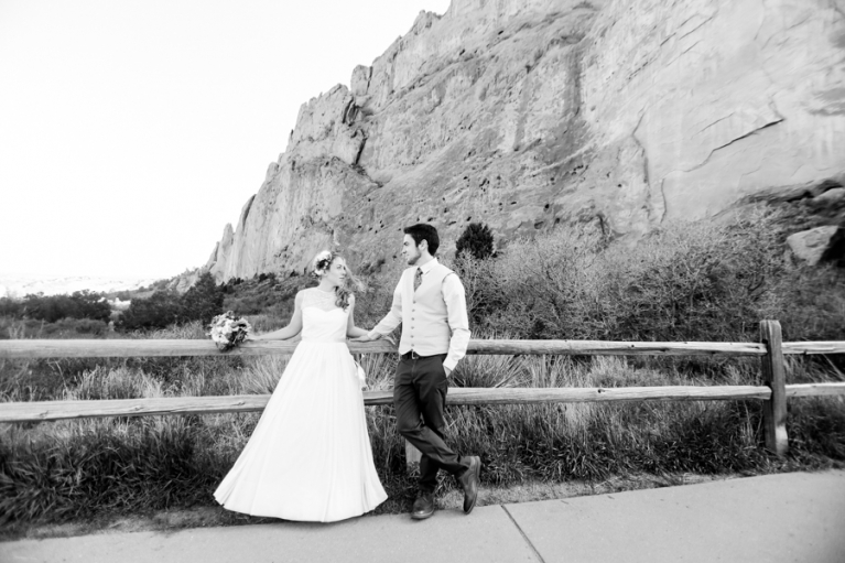 garden-of-the-gods-elopement-photography