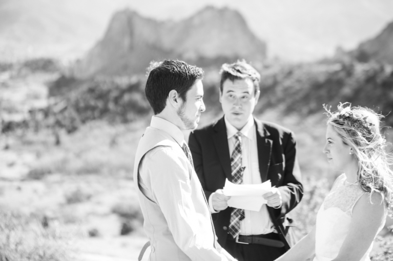 elopement-wedding-garden-of-the-gods