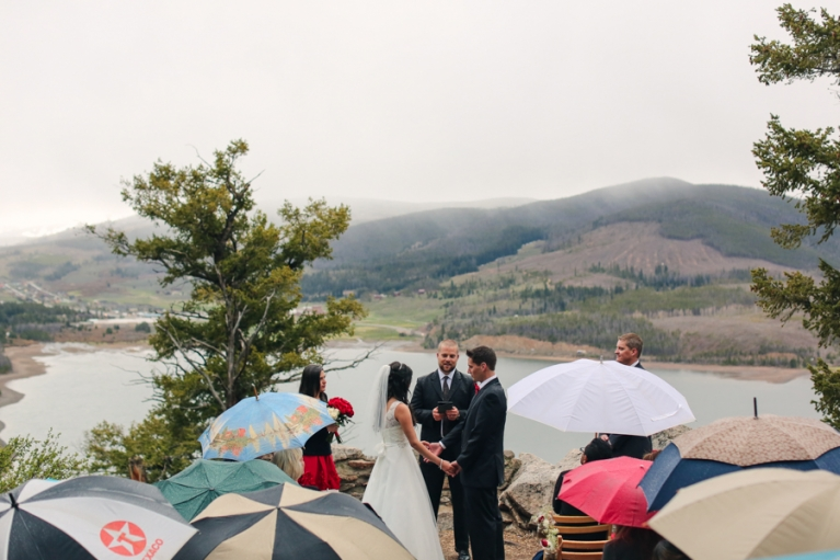 sapphire-point-rainy-wedding