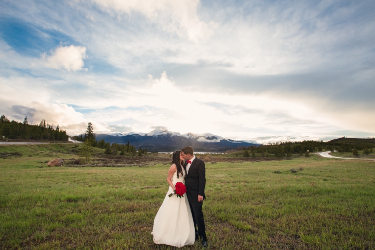silverthorne-sunset-wedding-photo-lake-dillon