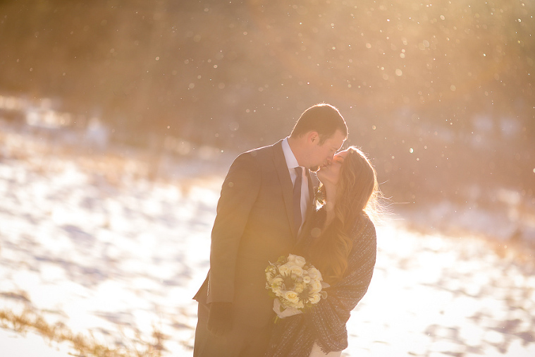Winter elopement in Colorado with snow