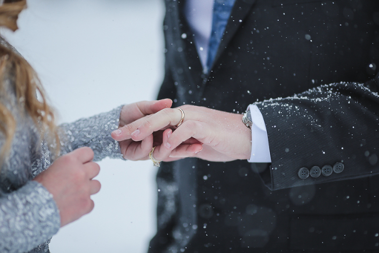 eloping during a snow storm in colorado
