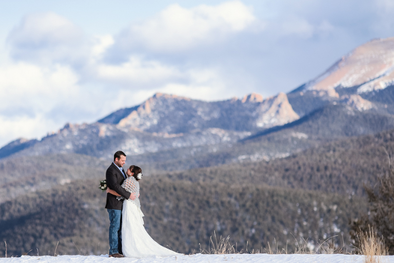 an amazing winter elopement location in the snowy mountains of colorado photography by becky young