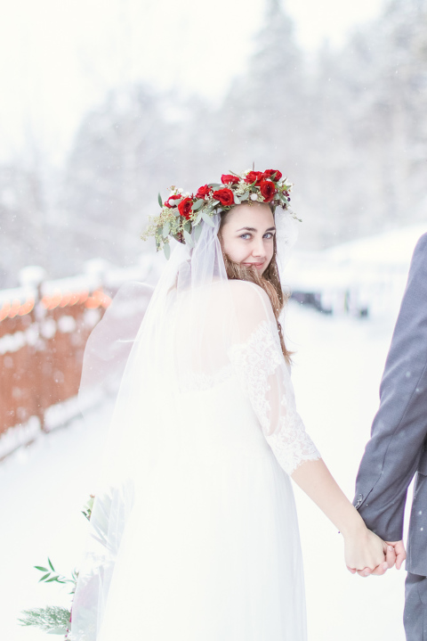 bride and groom eloping in the snowy mountains of breckenridge colorado