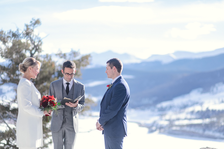 A February elopement ceremony at Sapphire Point